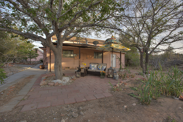 One of the buildings on the Calico Basin spread. (COURTESY OF SYNERGY, SOTHEBY'S INTERNATIONAL REALTY)