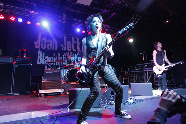 Rock singer Joan Jett and the Blackhearts perform during the 2010 Sundance Film Festival in Park City, Utah January 23, 2010. REUTERS/Mario Anzuoni (UNITED STATES - Tags: ENTERTAINMENT) - RTR29DVX