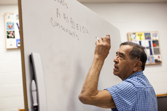 Boyd Graham teaches a Shoshone language class at the White Pine High School in Ely, Nev. on Thursday March 3, 2016. Randi Lynn Beach/Las Vegas Review-Journal