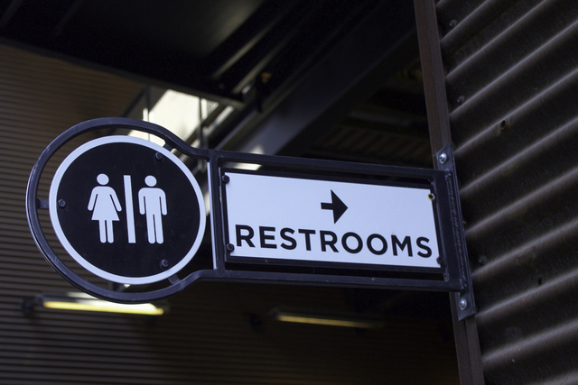 Restroom sign (Thinkstock)