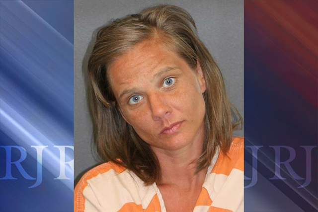 Woman gets nearly naked in Arizona city to be arrested
