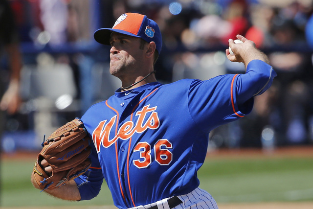 New York Mets' Sean Gilmartin pitches against the Chicago Cubs during an exhibition baseball game Friday, April 1, 2016, in Las Vegas. (AP Photo/John Locher)
