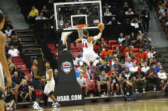 Blake Griffin (44) dunks against the USA Blue team during the USA Basketball Showcase game at the Thomas & Mack Center in Las Vegas on Thursday, Aug. 13, 2015. CHASE STEVENS/LAS VEGAS REVIEW-J ...