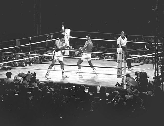 Larry Holmes fights Muhammad Ali Oct. 2, 1980 at Caesars Palace in Las Vegas. (Las Vegas News Bureau)