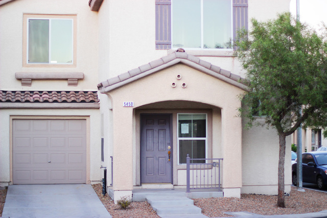 A two-story, 3 bedroom 2.5 bath house built by Engle Homes in 2006 has survived 10 years of the foreclosure crisis in Las Vegas. After two foreclosures, it is currently bank owned and vacant. (Ade ...