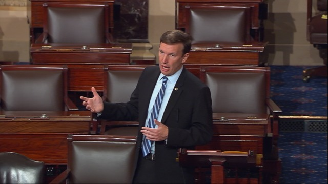 Sen. Chris Murphy, D-Conn., launches a filibuster in the U.S. Senate and demanding a vote on gun control measures, Tuesday, June 16, 2016. (J. Scott Applewhite/AP)