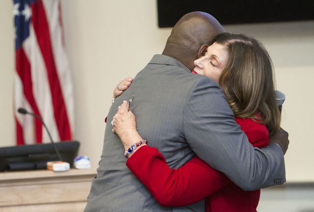 Former Nevada Rep. Shelley Berkley hugs Mike Kelly after receiving the inaugural Jonathan Abbinett Award. (Richard Brian/Las Vegas Review-Journal)