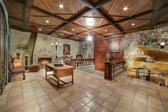 Spanish Mediterranean-style home's foyer. (COURTESY)