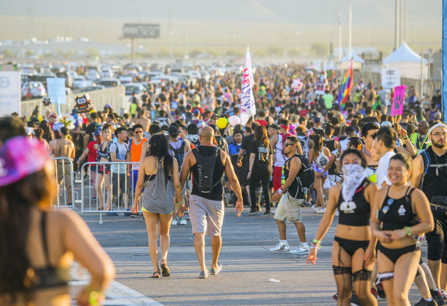 People exit  Las Vegas Motor Speedway at the end of the three-day Electric Daisy Carnival on Monday, June 20, 2016. (Jeff Scheid/Las Vegas Review-Journal Follow @jlscheid)