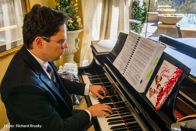 Dennis Doubin plays piano during a fundraising event for Opera Las Vegas Feb. 13, 2016. Richard Brusky/Special to View