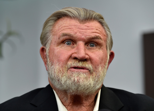 Former NFL player and coach Mike Ditka speaks with the media before the Gridiron Greats Hall of Fame Induction dinner at the Silverton hotel-casino Friday, June 3, 2016, in Las Vegas. (David Becke ...