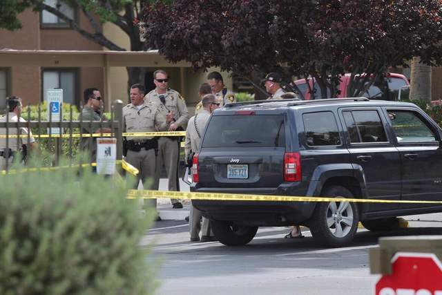 Police investigate a shooting at Oasis Springs Apartments on Nellis Boulevard in Las Vegas on Friday, June 10th, 2016. (Brett LeBlanc/Las Vegas Review-Journal)