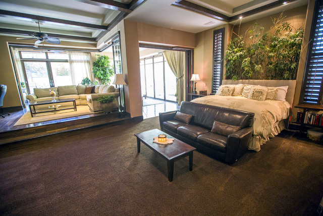 The master bed room at 2261 Candlestick Avenue in Henderson is seen on Monday, May, 31, 2016. The four-bedroom, 8,406-square-foot home is on the market for $1,675,000. (Jeff Scheid/Las Vegas Revie ...