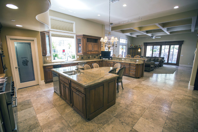 The kitchen area at 2261 Candlestick Avenue in Henderson is seen on Monday, May, 31, 2016. The four-bedroom, 8,406-square-foot home is on the market for $1,675,000. (Jeff Scheid/Las Vegas Review-J ...