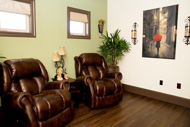 A sitting area (TONYA HARVEY/REAL ESTATE MILLIONS)