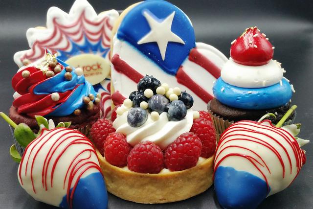 Patriotic sweets (courtesy Station Casinos)