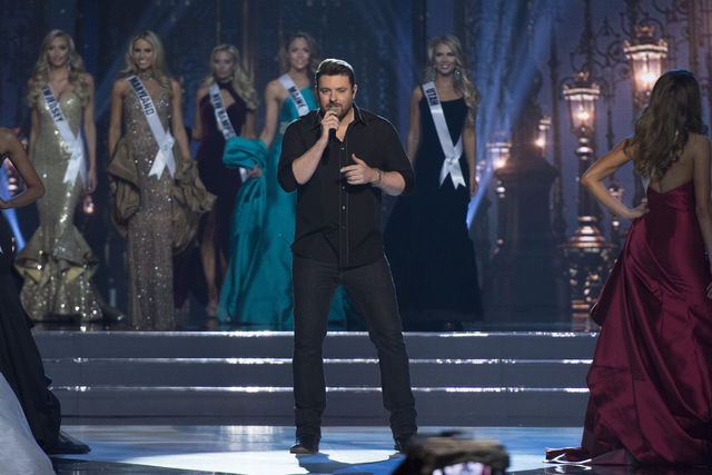Chris Young performs during the Miss USA pageant at T-Mobile Arena in Las Vegas, Sunday, June 5, 2016. (Jason Ogulnik/Las Vegas Review-Journal)