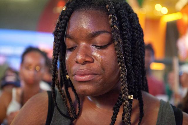 Jasmin Bryant cries during a candlelight vigil at The Cosmopolitan of Las Vegas on Monday, June 20, 2016, at the Las Vegas Strip. Loren Townsley/Las Vegas Review-Journal Follow @lorentownsley