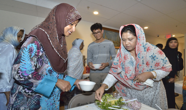 Fasting and prayer brings Las Vegas Muslims together for ...