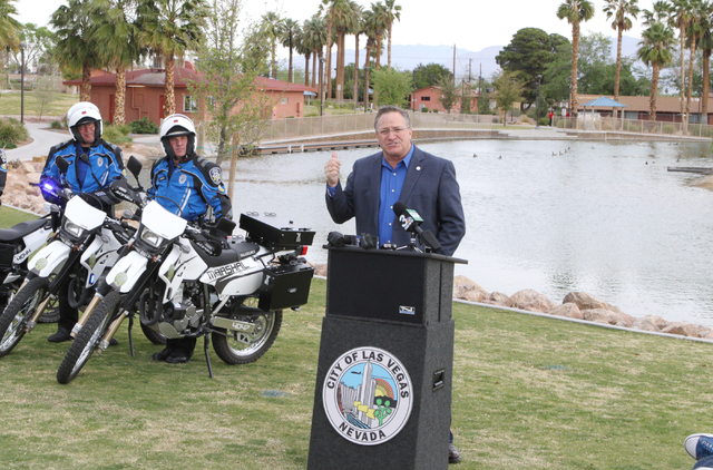 Councilman Steven Ross speaks about a new pilot program during the news conference at Lorenzi Park Monday, March 21, 2016. (Bizuayehu Tesfaye/Las Vegas Review-Journal) Follow @bizutesfaye