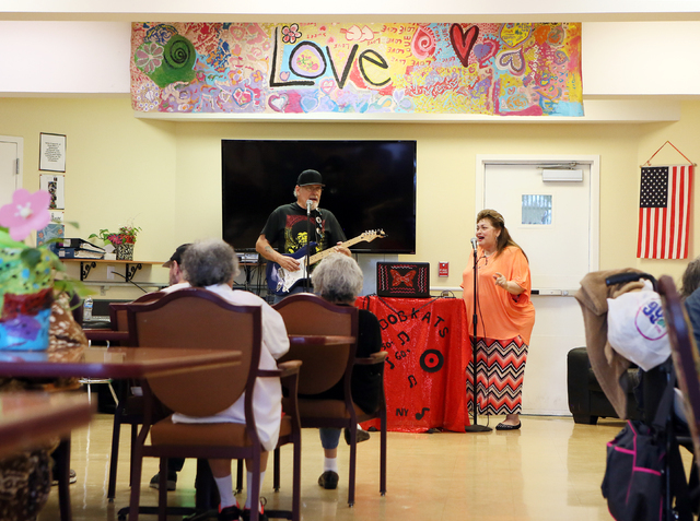 """Bob, left, and Kat Soehl of """"The Bobkats"""" perform for the elderly at Nevada Senior Services' Adult Day Care Center Wednesday, June 1, 2016, in Las Vegas. (Ronda Churchill/Las Veg ..."""