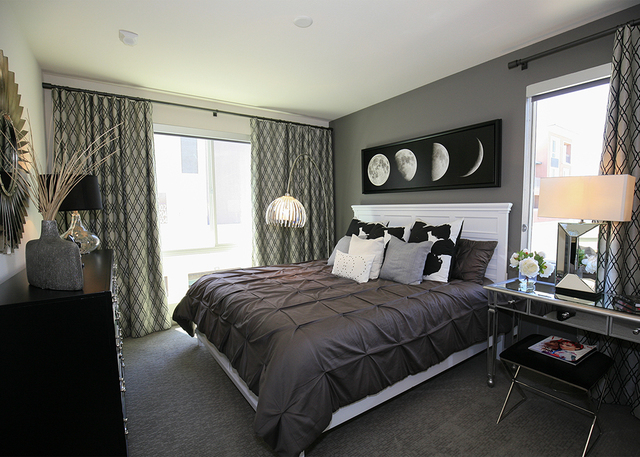 A bedroom in one of the wellness units. (Elke Cote/RJRealEstate.Vegas)
