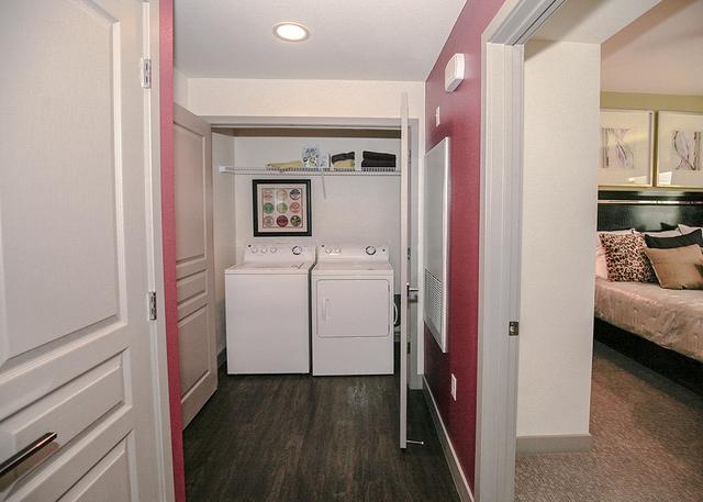 Laundry closet. (Elke Cote/RJRealEstate.Vegas)