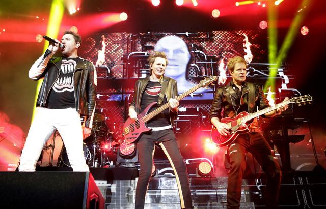 Simon Le Bon, left, John Taylor and Dom Brown of Duran Duran perform at Mandalay Bay hotel-casino on Friday, July 29, 2016. (Bizuayehu Tesfaye/Las Vegas News Bureau)