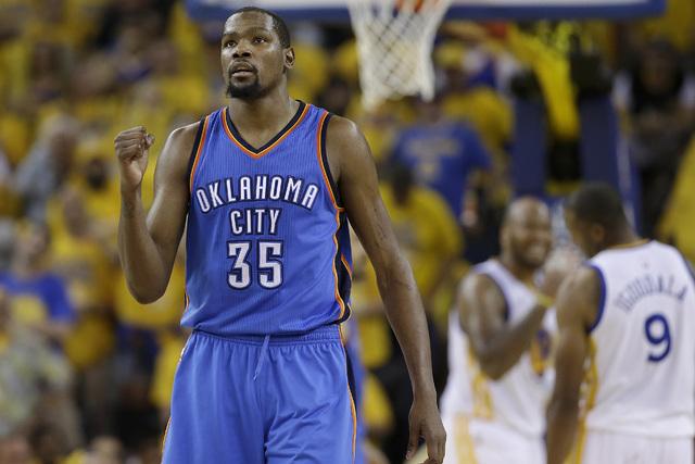 Kevin Durant (35) on Monday, May 30, 2016. (AP Photo/Marcio Jose Sanchez)
