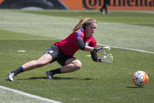 United States' Alyssa Naeher (21) in action prior to an international friendly soccer match against Colombia, Sunday, April 10, 2016, in Chester, PA. The United States won 3-0. (Chris Szagola/AP)