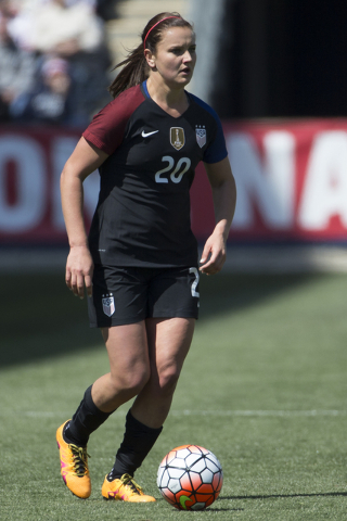 United States' Lindsey Horan (20) in action during the first half of an international friendly soccer match against Colombia, Sunday, April 10, 2016, in Chester, PA. The United States won 3-0. (Ch ...