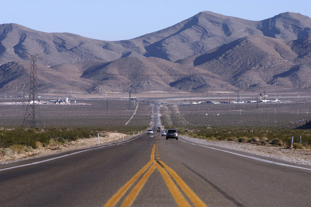 Highway 93 heads towards Interstate 15 near the Apex Industrial Park Thursday, Oct. 23, 2014. (Sam Morris/Las Vegas Review-Journal)