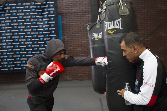 Welterweight boxer Jose Benavidez Jr., left, and his father Jose Sr. train during media day workouts at the Top Rank boxing gym in Las Vegas on Tuesday, July 19, 2016. (Richard Brian/Las Vegas Rev ...