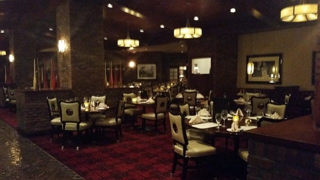 The Broiler Keeps Steakhouse Regulars Coming Back To Boulder Station Las Vegas Review Journal