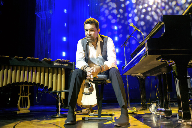 Entertainer Clint Holmes sits onstage during rehearsal at the Palazzo Theater at Palazzo. Jeff Scheid/Las Vegas Review-Journal Follow @jeffscheid