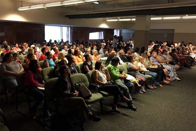 Concerned citizens pack the courtroom overflow to watch the SB302 hearing at the Regional Justice Center in Las Vegas, Friday, July 29, 2016. (Vegas88s/Twitter)