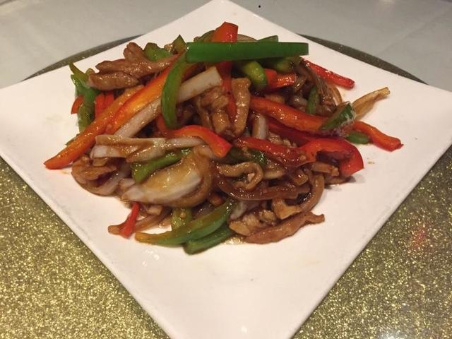 Pork in garlic sauce (courtesy Dragon Noodle Co. & Sushi Bar)