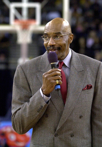 Golden State Warriors basketball great Nate Thurmond addresses a crowd about cancer awareness before the Warriors game against the Milwaukee Bucks in Oakland, Calif., in 2002. (Paul Sakuma/The Ass ...