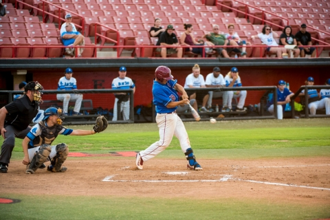 Las Vegas Aces first base Isaiah Ralano (18) swings at a pitch while playing against the Sou ...