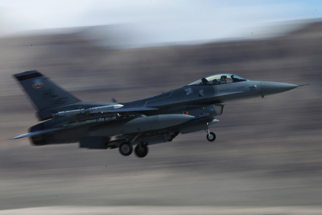 A Hill Air Force Base F-16CM aircraft with the 421st Fighter Squadron takes flight during the Red Flag exercises at Nellis Air Force Base in 2015. (Erik Verduzco/Las Vegas Review-Journal)