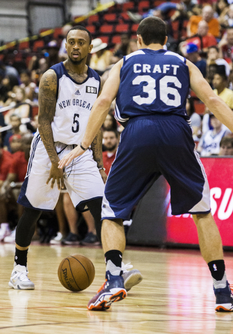 New Orleans Pelicans guard Ryan Boatright (5) directs traffic during the NBA Summer League tournament at Cox Pavilion at UNLV on Sunday, July 10, 2016, in Las Vegas. (Benjamin Hager/Las Vegas Revi ...