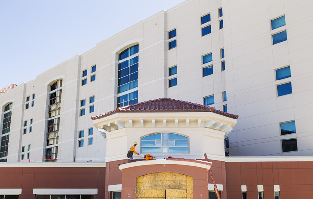 Construction is seen at St. Rose Dominican Hospital, Siena campus, 3001 St. Rose Parkway Trail, in Henderson on Wednesday, May 6, 2015.  (Jeff Scheid/Las Vegas Review-Journal) Follow Jeff Scheid o ...