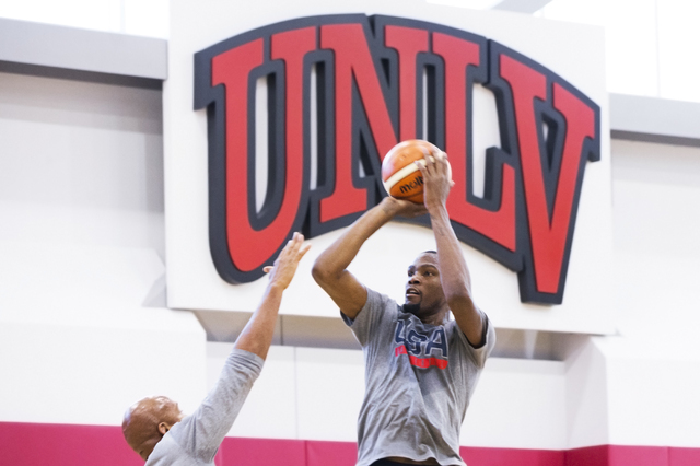 Guard Kevin Durant participates in offensive drills during the first day of Team USA basketball practice at the Mendenhall Center at UNLV on Monday, July 18, 2016, in Las Vegas. (Benjamin Hager/La ...
