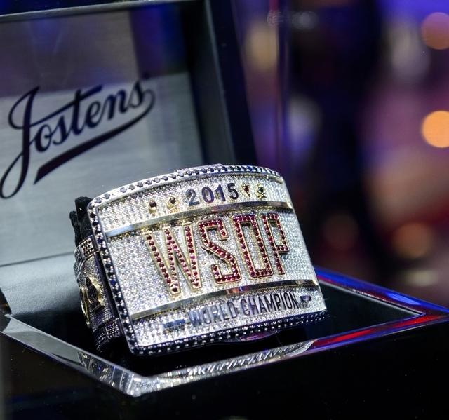 WSOP 2015 Main Event Bracelet