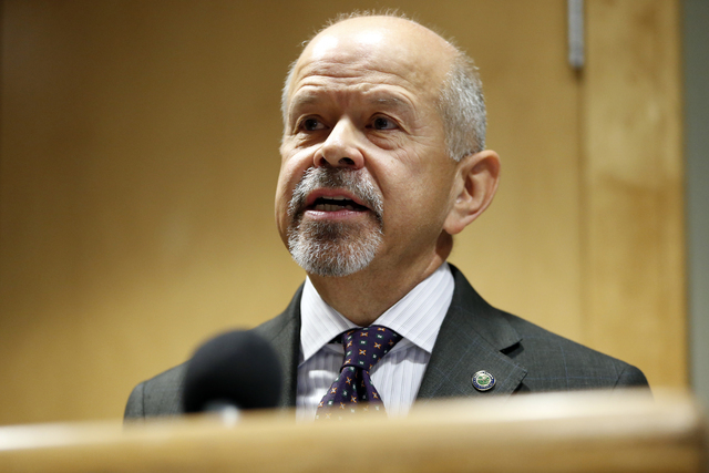 Federal Aviation Administration administrator Michael Huerta speaks during a news conference at Newark Liberty International Airport in Newark, N.J., May 21, 2015. (Julio Cortez/AP File)