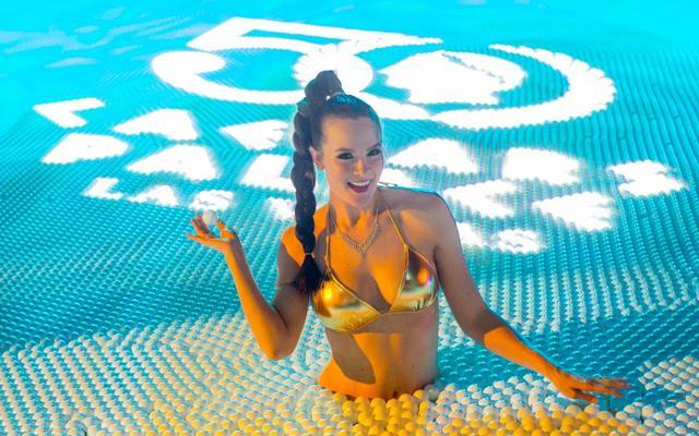 Photos caesars palace celebrates 50 years with star for Garden of gods pool oasis