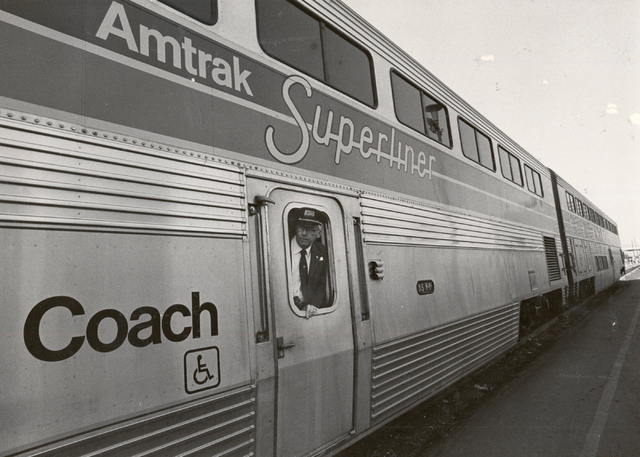 An Amtrak Superliner stops in Las Vegas on Jan. 14, 1981. (Gary Thompson/ Las Vegas Review-Journal)