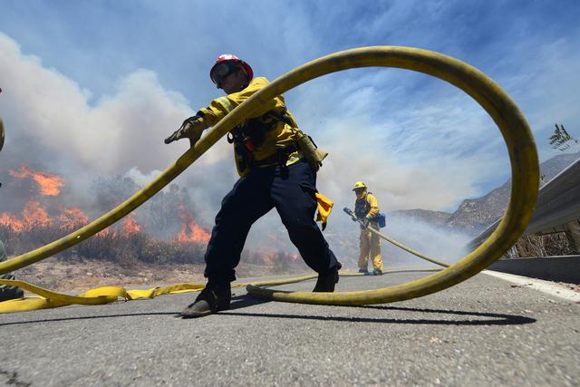 Blue Cut Fire burns. (Inform)