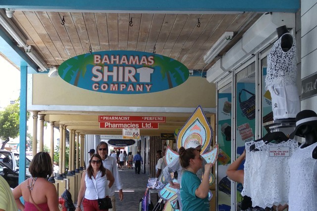 Souvenir shops are prevalent in downtown Nassau, Bahamas. (Mark Anderson/Las Vegas Review-Journal)