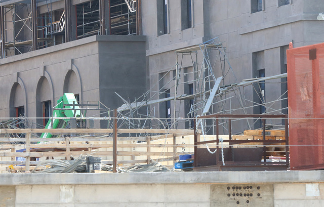 A construction worker died after scaffolding at Tivoli Village at 302 S. Rampart Blvd. in Summerlin collapsed on Monday, Aug. 22, 2016, causing the man to fall. Bizuayehu Tesfaye/Las Vegas Review- ...